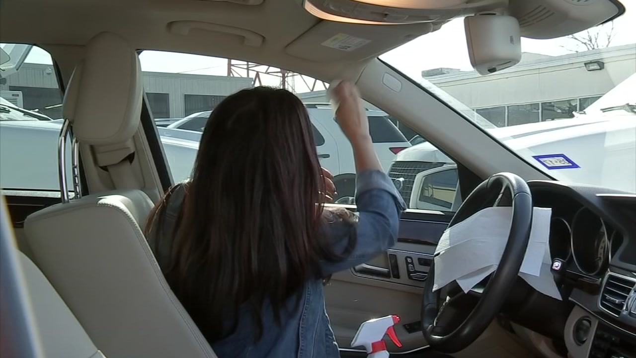 How to spot clean the interior of your car - Cleaning the interior of your car ...