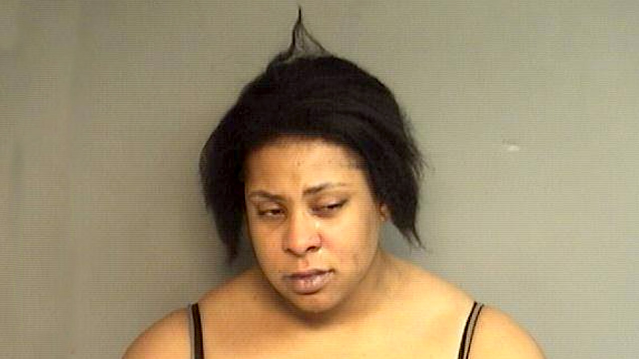 Police: Drunk Woman Shows Up Naked to Visit Husband in
