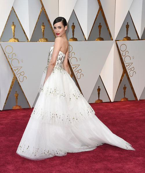 <div class='meta'><div class='origin-logo' data-origin='AP'></div><span class='caption-text' data-credit='Photo by Jordan Strauss/Invision/AP'>Sofia Carson arrives at the Oscars on Sunday, Feb. 26, 2017, at the Dolby Theatre in Los Angeles.</span></div>