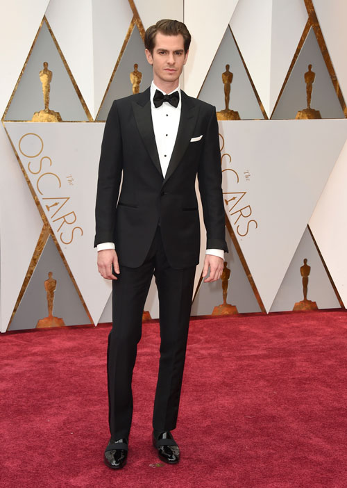 <div class='meta'><div class='origin-logo' data-origin='AP'></div><span class='caption-text' data-credit='Photo by Jordan Strauss/Invision/AP'>Andrew Garfield arrives at the Oscars on Sunday, Feb. 26, 2017, at the Dolby Theatre in Los Angeles.</span></div>