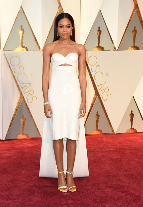 <div class='meta'><div class='origin-logo' data-origin='AP'></div><span class='caption-text' data-credit='Photo by Jordan Strauss/Invision/AP'>Naomie Harris arrives at the Oscars on Sunday, Feb. 26, 2017, at the Dolby Theatre in Los Angeles.</span></div>