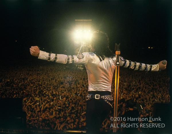 "<div class=""meta image-caption""><div class=""origin-logo origin-image none""><span>none</span></div><span class=""caption-text"">Michael Jackson performing onstage in Germany in 1988. (Harrison Funk/ALL RIGHTS RESERVED)</span></div>"