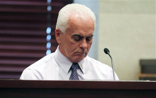 "<div class=""meta image-caption""><div class=""origin-logo origin-image none""><span>none</span></div><span class=""caption-text"">George Anthony testifies during the murder trial of his daughter Casey Anthony at the Orange County Courthouse Thursday, June 30, 2011 in Orlando, Fla. (AP)</span></div>"