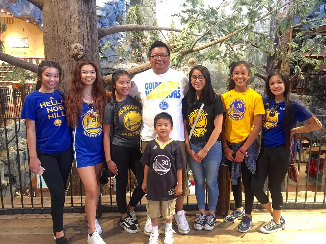 "<div class=""meta image-caption""><div class=""origin-logo origin-image none""><span>none</span></div><span class=""caption-text"">Golden State Warriors fans sent in their pics using #DubsOn7 or #abc7now to cheer on the Dubs during their 2016-2017 season. (mommahpebs/Instagram)</span></div>"