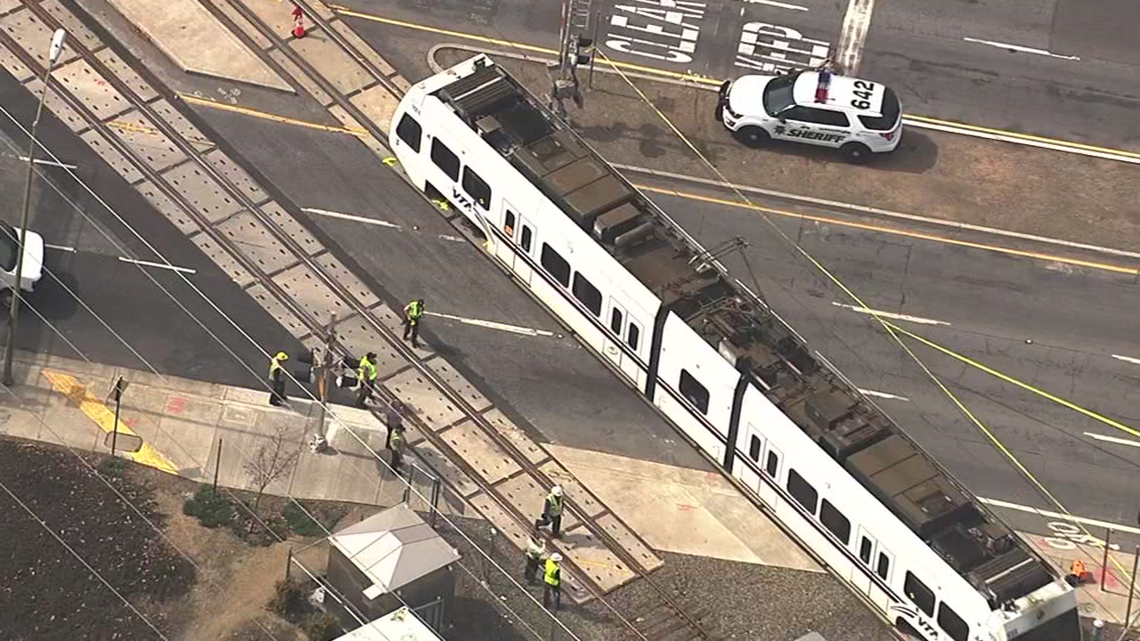 Man In Hospital After Being Hit By EB VTA Light Rail Train In San Jose |  Abc7news.com