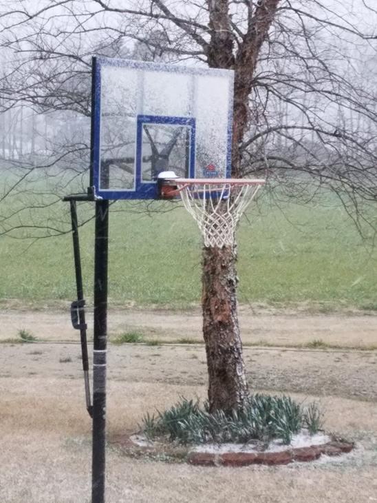 "<div class=""meta image-caption""><div class=""origin-logo origin-image none""><span>none</span></div><span class=""caption-text"">ABC11 eyewitness photos of the snow in North Carolina</span></div>"