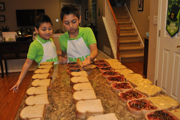 <div class='meta'><div class='origin-logo' data-origin='none'></div><span class='caption-text' data-credit=''>Bradley and Brady Daniel made lunches and then went into the city to hand them out to those in need.</span></div>