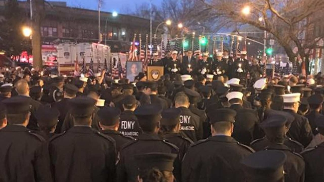 Fdny Holds Vigil To Remember Emt Yadira Arroyo Killed In The Bronx Abcny Com