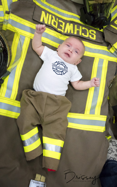 "<div class=""meta image-caption""><div class=""origin-logo origin-image none""><span>none</span></div><span class=""caption-text"">Six babies were born to the same firefighting family within seven months, three girls and three boys. (Debbie Brissey)</span></div>"