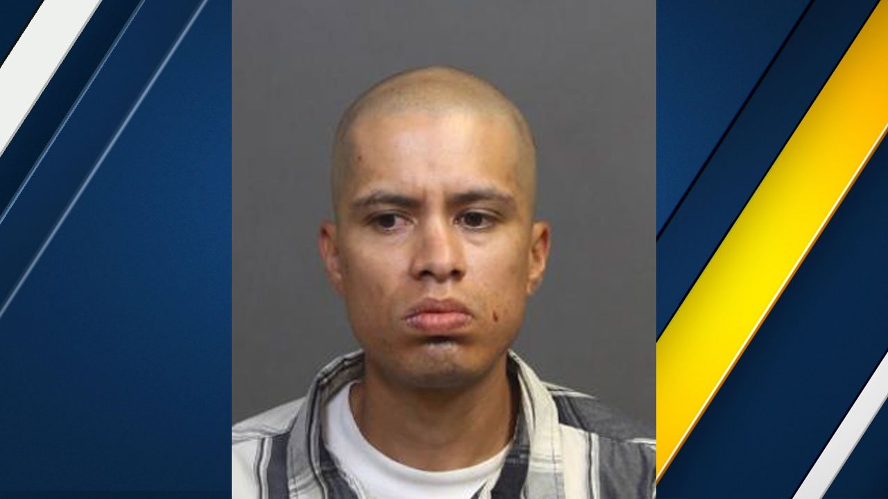 Jose Oscar Medina, 34, is shown in a mugshot.