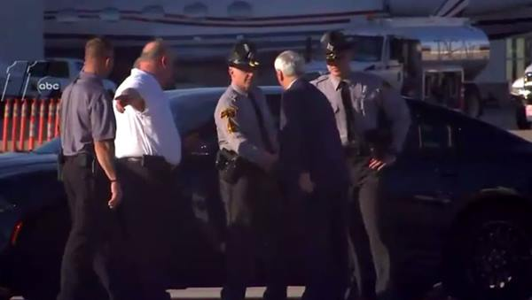 "<div class=""meta image-caption""><div class=""origin-logo origin-image wtvd""><span>WTVD</span></div><span class=""caption-text"">Roy shakes hands with deputies after stepping off of the plane</span></div>"