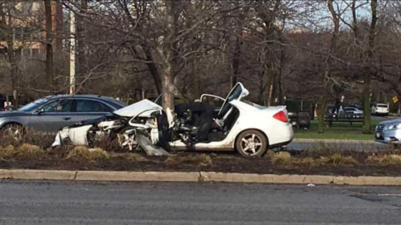 Man critically injured in Lake Shore Drive crash where car