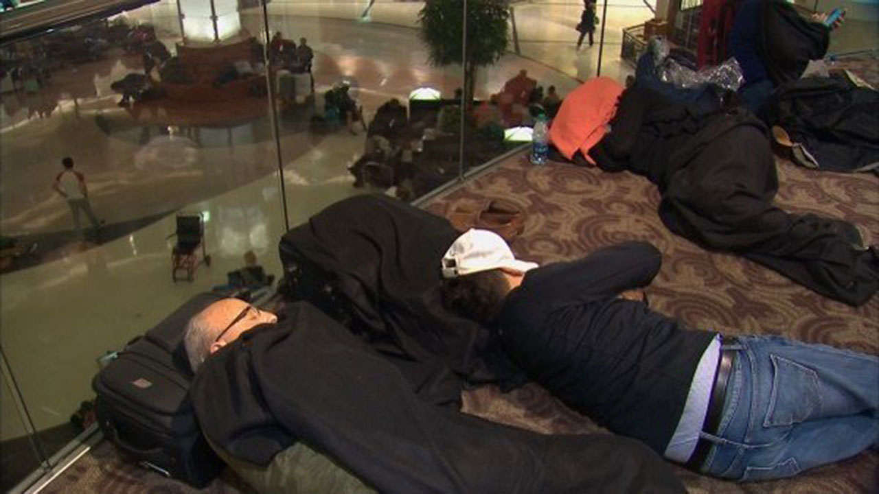 Hundreds stranded at Atlanta airport after severe weather