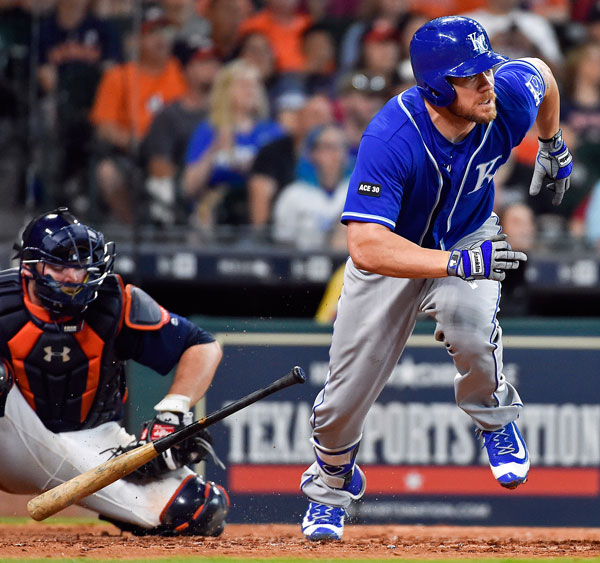 "<div class=""meta image-caption""><div class=""origin-logo origin-image none""><span>none</span></div><span class=""caption-text"">Kansas City Royals' Brandon Moss watches his go-ahead solo home run off Houston Astros relief pitcher Chris Devenski in the ninth inning of a baseball game, Sunday, April 9, 2017. (AP Photo/Eric Christian Smith)</span></div>"