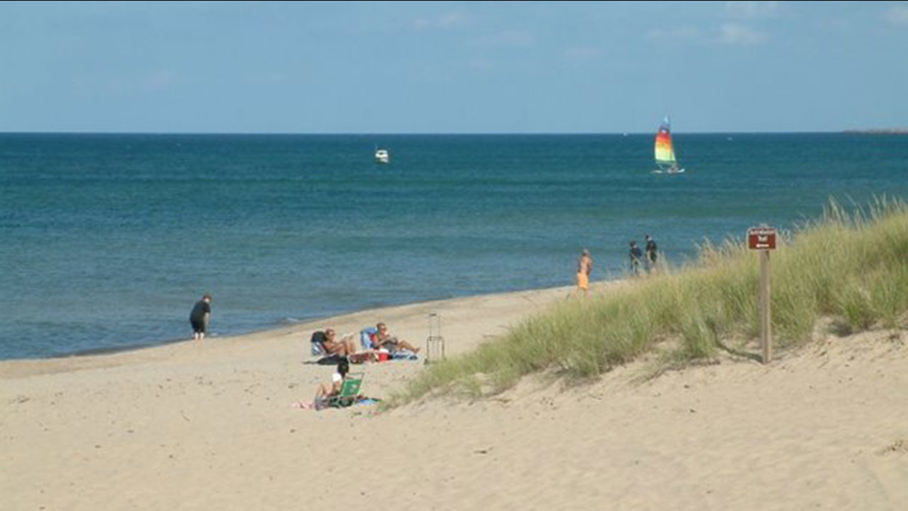 Beaches Close After Chemical Spill Near Lake Michigan In Nw Indiana Abc7chicago