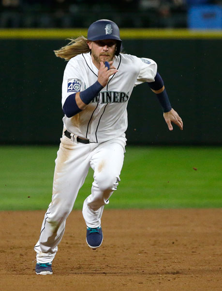 "<div class=""meta image-caption""><div class=""origin-logo origin-image none""><span>none</span></div><span class=""caption-text"">Seattle Mariners outfieler Taylor Motter runs to third base during a baseball game against the Houston Astros, Tuesday, April 11, 2017, in Seattle. (AP Photo/Ted S. Warren)</span></div>"