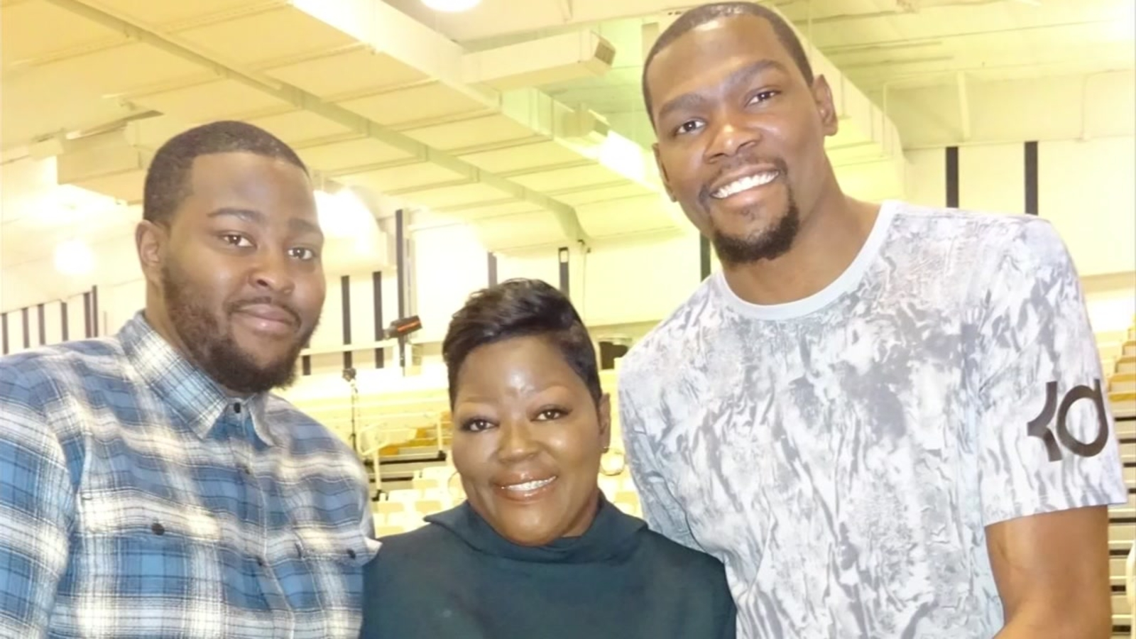 13941768ab13 ONLY ON ABC7NEWS.COM  Kevin Durant s mom discusses missing game for ...
