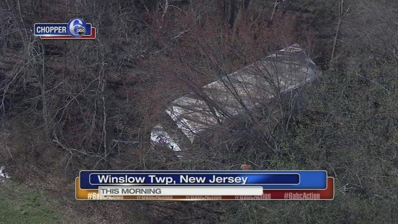 3 cars, FedEx truck involved in AC Expressway crash