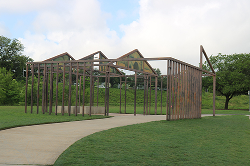 <div class='meta'><div class='origin-logo' data-origin='KTRK'></div><span class='caption-text' data-credit='Danny Clemens'>Sculpture and other art installations can be found throughout the park.</span></div>