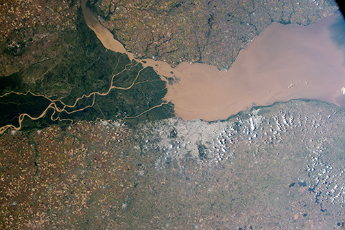 "<div class=""meta image-caption""><div class=""origin-logo origin-image none""><span>none</span></div><span class=""caption-text"">The eye-catching delta and green swamps of the Paraná River on the Atlantic coast of Argentina. (NASA)</span></div>"