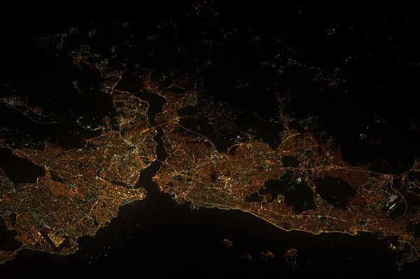 "<div class=""meta image-caption""><div class=""origin-logo origin-image ""><span></span></div><span class=""caption-text"">Istanbul, Turkey</span></div>"
