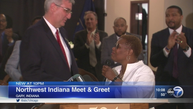 Mother wade gary mayor welcome indiana governor abc7chicago m4hsunfo