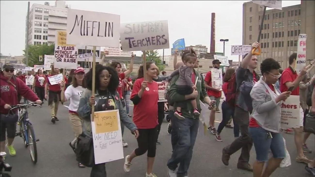 Teachers protest in Philadelphia