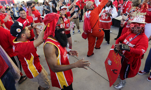 "<div class=""meta image-caption""><div class=""origin-logo origin-image ap""><span>AP</span></div><span class=""caption-text"">Houston Rockets fan Charles Colson wears a beard and glasses as he dances with other Rockets fans, Monday, May 1, 2017, in San Antonio. (AP Photo/Eric Gay) (AP)</span></div>"