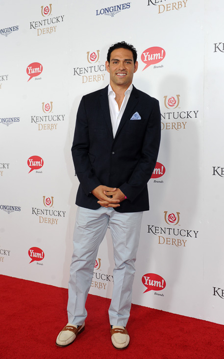 "<div class=""meta image-caption""><div class=""origin-logo origin-image kabc""><span>kabc</span></div><span class=""caption-text"">Mark Sanchez walks the Kentucky Derby Red Carpet. (Diane Bondareff/AP)</span></div>"