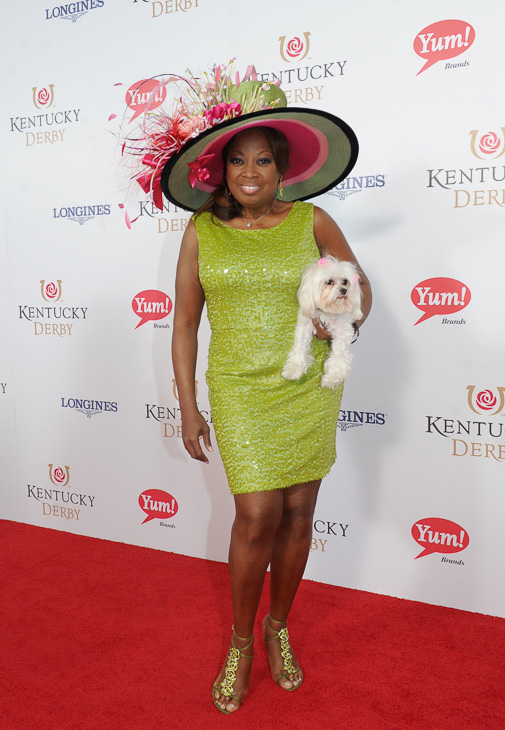 "<div class=""meta image-caption""><div class=""origin-logo origin-image kabc""><span>kabc</span></div><span class=""caption-text"">Star Jones, with her dog Pinky, walks the Kentucky Derby Red Carpet. (Joe Imel/AP)</span></div>"