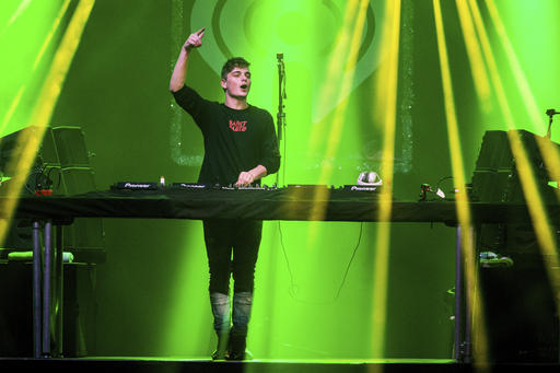 "<div class=""meta image-caption""><div class=""origin-logo origin-image ap""><span>AP</span></div><span class=""caption-text"">Martin Garrix performs at 93.3 FLZ FM's Jingle Ball at Amalie Arena on Saturday, Dec. 17, 2016, in Tampa, Fla. (Photo by Amy Harris/Invision/AP) (Amy Harris/Invision/AP)</span></div>"