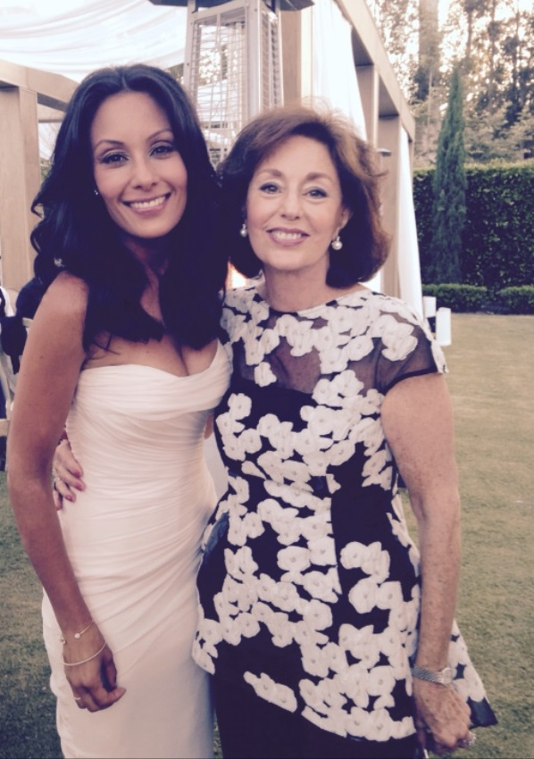 "<div class=""meta image-caption""><div class=""origin-logo origin-image none""><span>none</span></div><span class=""caption-text"">Liz Cho and her mom.</span></div>"