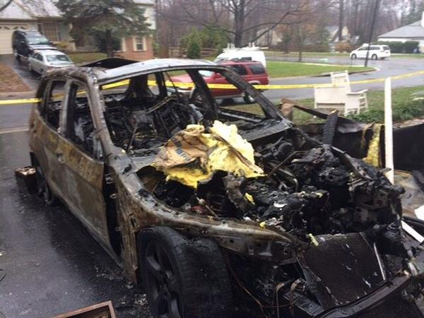 Bill Macko S Bmw Caught Fire In His Driveway Credit