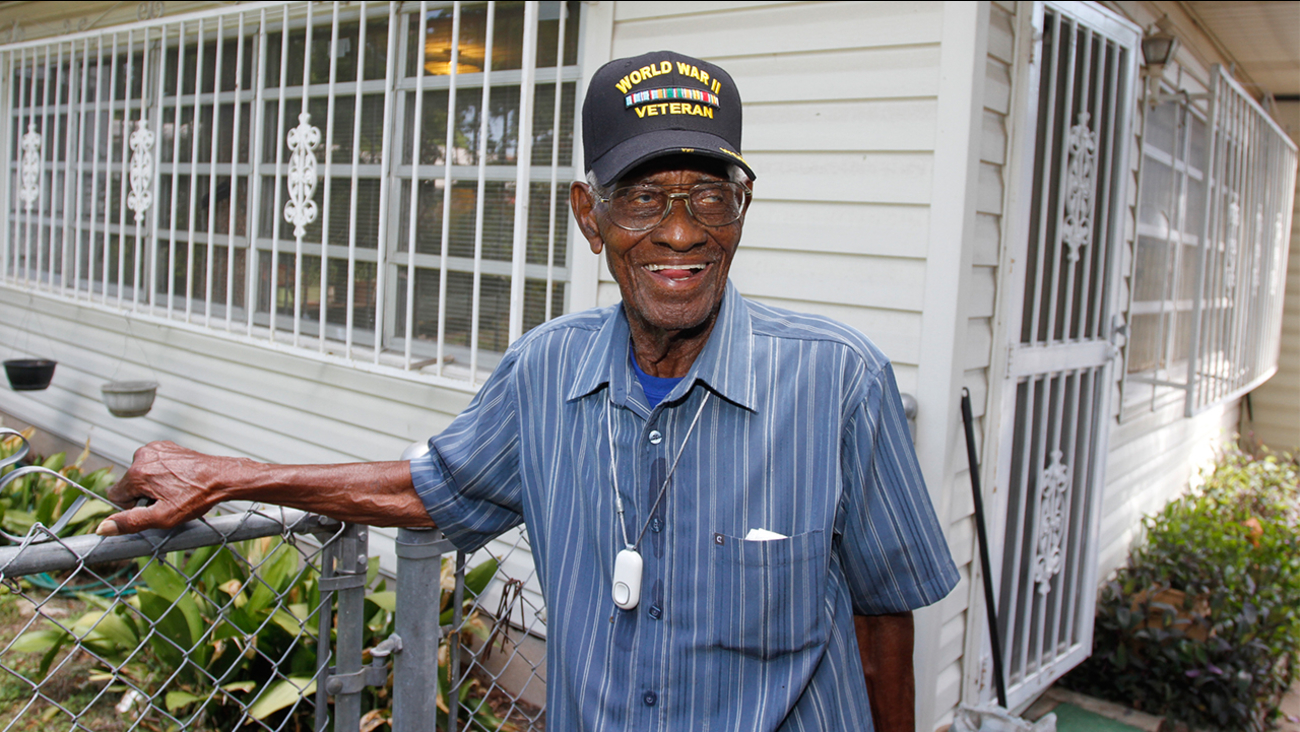 Image of Richard Overton