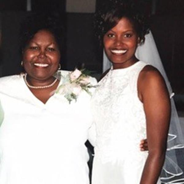 "<div class=""meta image-caption""><div class=""origin-logo origin-image none""><span>none</span></div><span class=""caption-text"">Tisha Powell and her mother</span></div>"