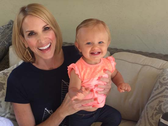 <div class='meta'><div class='origin-logo' data-origin='KTRK'></div><span class='caption-text' data-credit=''>ABC13 anchor Ilona Carson with her daugter</span></div>