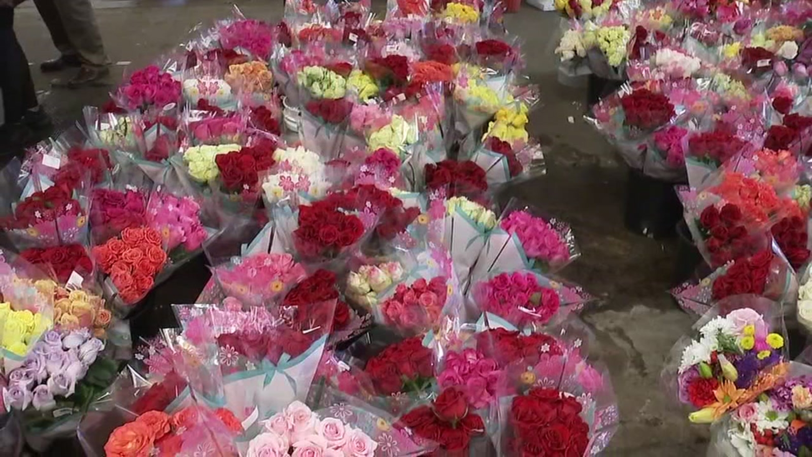 Fannin Flowers open overnight for Houston's Mother's Day needs | abc13.com