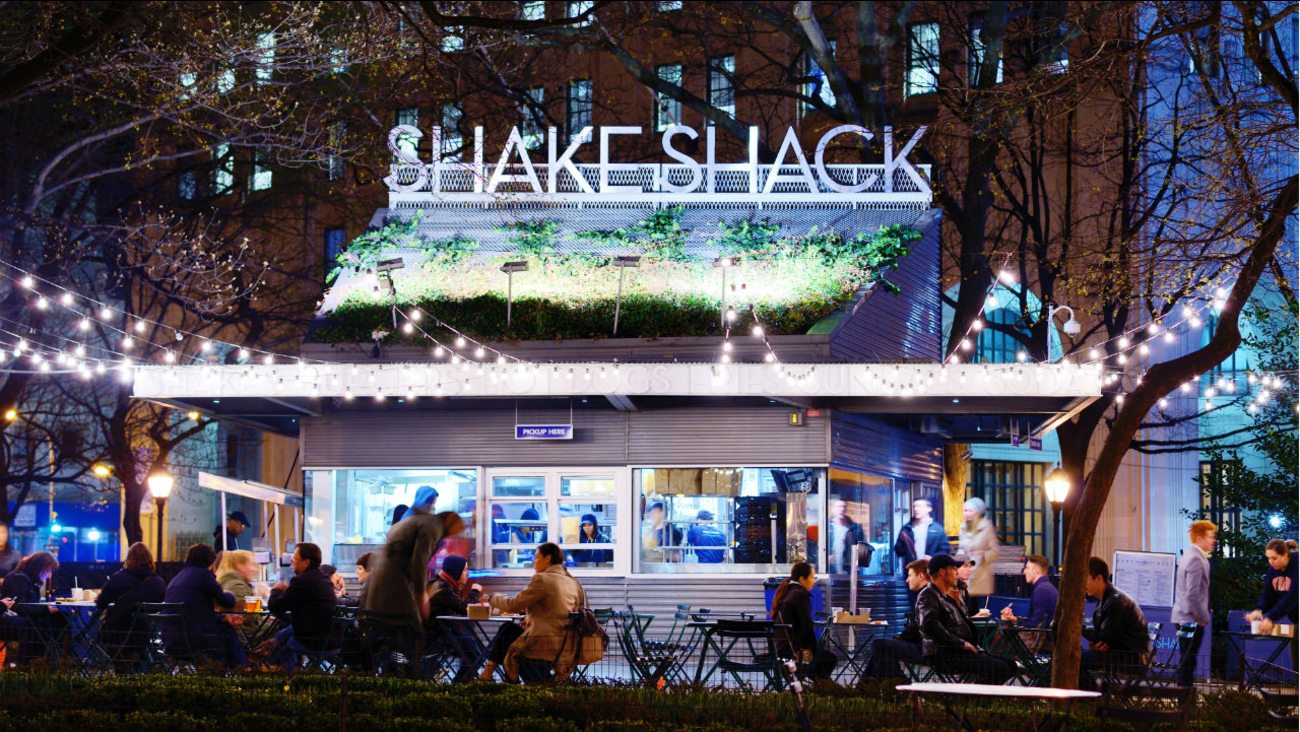 Burger battle: 7 reasons why Shake Shack is better than the