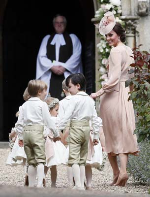 <div class='meta'><div class='origin-logo' data-origin='AP'></div><span class='caption-text' data-credit='AP'>Kate, Duchess of Cambridge, right, arrives with the pageboys and flower girls for the wedding of Pippa Middleton and James Matthews  (AP Photo/Kirsty Wigglesworth, Pool)</span></div>