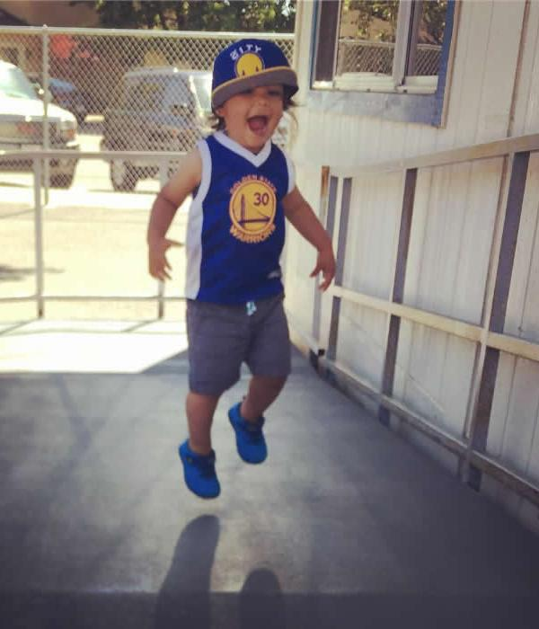"<div class=""meta image-caption""><div class=""origin-logo origin-image none""><span>none</span></div><span class=""caption-text"">A Dubs fan is seen smiling on Saturday, May 20, 2017. (Photo submitted to KGO-TV by @mrsp1414/Instagram)</span></div>"