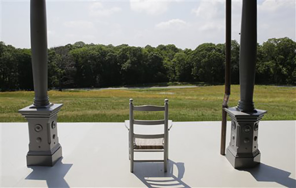 """<div class=""""meta image-caption""""><div class=""""origin-logo origin-image ap""""><span>AP</span></div><span class=""""caption-text"""">The view from the porch of Sagamore Hill in Oyster Bay, N.Y. Sagamore Hill, the Long Island mansion that was Theodore Roosevelt's home and """"Summer White House"""". (AP Photo/Kathy Willens)</span></div>"""