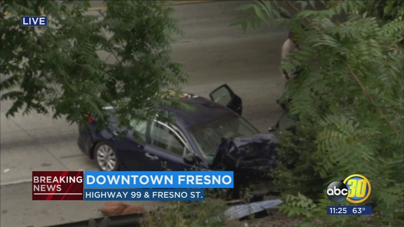 One Killed Two Injured In Hwy 99 Crash In Downtown Fresno Abc30 Com