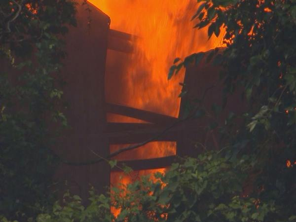 "<div class=""meta image-caption""><div class=""origin-logo origin-image wtvd""><span>WTVD</span></div><span class=""caption-text"">Firefighters battle a huge factory fire in Henderson. (Shawn Replogle)</span></div>"
