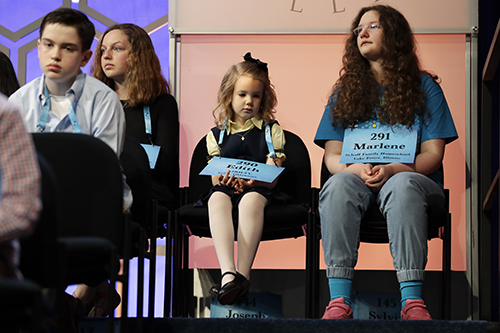 "<div class=""meta image-caption""><div class=""origin-logo origin-image ap""><span>AP</span></div><span class=""caption-text"">Edith Fuller, 6, of Tulsa, Okla., center, the youngest speller ever in the National Bee, sits next to Marlene Schaff, 14, of Lake Forest, Ill., right. (AP Photo/Jacquelyn Martin)</span></div>"