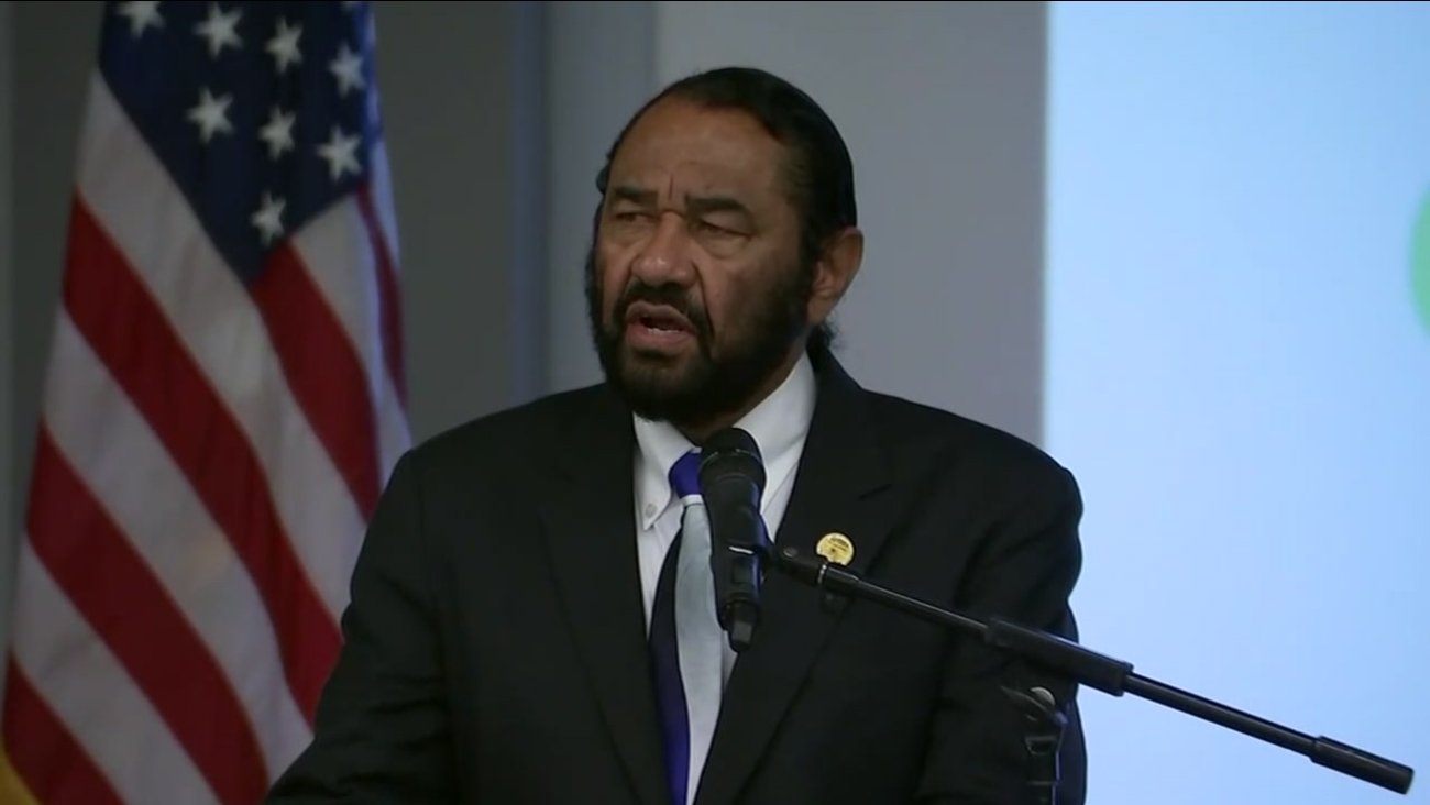 Activists call for end to threats against Al Green