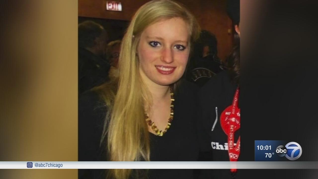 Police: Angelika Rosada, 21, missing from Elmhurst