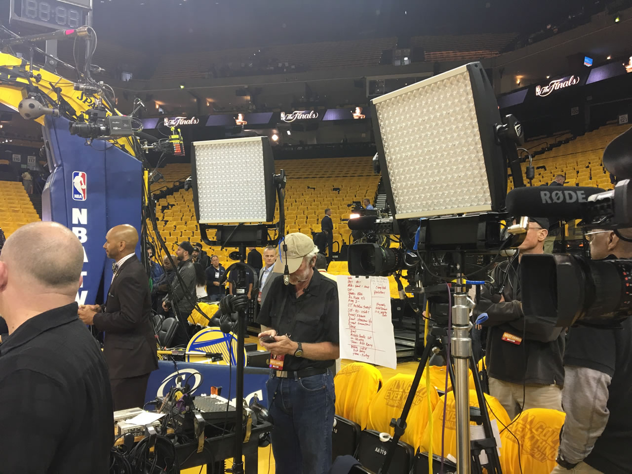 "<div class=""meta image-caption""><div class=""origin-logo origin-image none""><span>none</span></div><span class=""caption-text"">The ""After the Game"" crew sets up after game 2 of the NBA Finals in Oakland, Calif. on Sunday, June 4, 2017. (KGO-TV)</span></div>"
