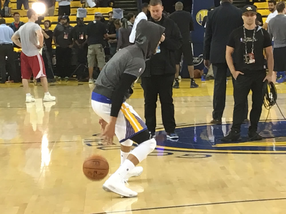 "<div class=""meta image-caption""><div class=""origin-logo origin-image none""><span>none</span></div><span class=""caption-text"">Stephen Curry dribbles the basketball before game 2 of the NBA Finals in Oakland, Calif. on Sunday, June 4, 2017. (KGO-TV)</span></div>"
