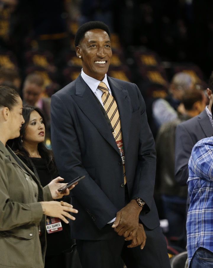 "<div class=""meta image-caption""><div class=""origin-logo origin-image none""><span>none</span></div><span class=""caption-text"">Scottie Pippen watches warmups before basketball's NBA Finals Game 3 between the Cleveland Cavaliers and Golden State Warriors in Cleveland, Wednesday, June 7, 2017. (AP Photo/Tony Dejak)</span></div>"