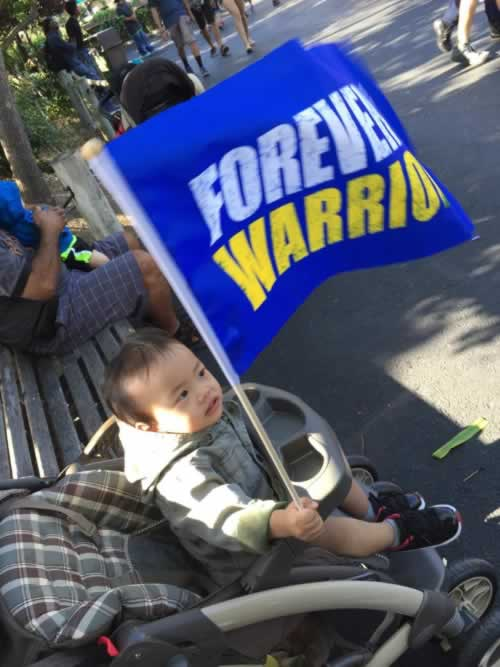 "<div class=""meta image-caption""><div class=""origin-logo origin-image none""><span>none</span></div><span class=""caption-text"">A young Warriors fan waves a flag in this photo shared on Thursday, June 8, 2017. (Photo by Ferdinand Garcia/Facebook)</span></div>"